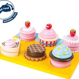 Cupcakes And Cakes Cutting Set